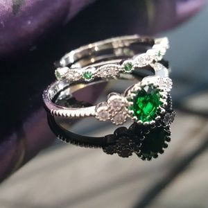 Jewelry - Simulated Emeralds Ring n Band